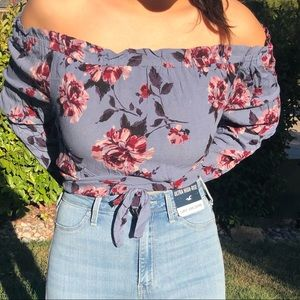 Kendall and Kylie pacsun off the shoulder shirt